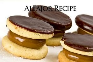Chocolate cookies and caramel